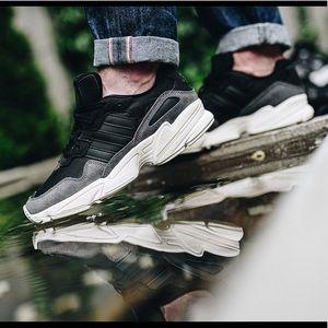NWT Adidas Yung-96